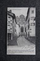 LE PUY - La Montée Des Tables - Le Puy En Velay