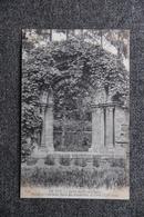 LE PUY - Jardin Du Fer à Cheval, Portail De L'Ancienne Eglise Des Bénédictins. - Le Puy En Velay