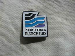 Pin's Des Sports Rhénans (Alsace Sud) - Canoeing, Kayak
