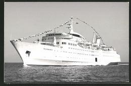 Fotografie Kreuzfahrtschiff Sunward In Fahrt - Schiffe