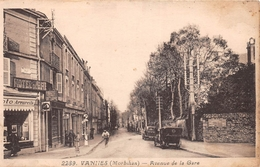 ¤¤  -   VANNES   -  Avenue De La Gare  -  Pompe à Essence  -  Hôtel De Bretagne  -  ¤¤ - Vannes