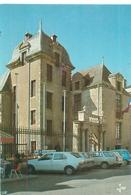 Le Croisic -  L 'hôtel D 'Aiguillon Datant D 'Henri IV  ,animée  ,voitures , B480 - Le Croisic