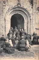 ¤¤   -  SAINT-JEAN-TROLIMON   -  La Chapelle De Tronoen Pendant La Messe Du Pardon    -  ¤¤ - Saint-Jean-Trolimon