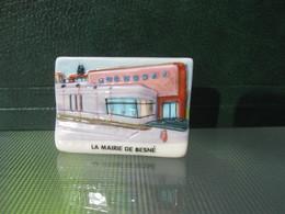 Fève La Mairie De Besné  Série Vincent Besne Besné  Année 2011 * Fèves - Rare ¤ T 5 - Région