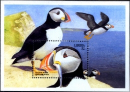 SEA BIRDS-ATLANTIV PUFFIN-MS-LIBERIA-1999-SCARCE-MNH-M2-108 - Marine Web-footed Birds