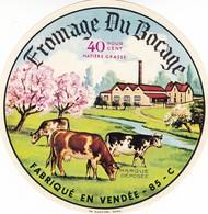 ETIQUETTE FROMAGE - CAMEMBERT -  FROMAGE DU BOCAGE -   Fab En VENDEE  85-C - Fromage