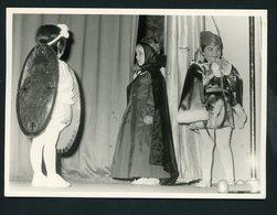 #6-PHOTO ORIGINALE (12X17) DE SPECTACLE DE FIN D'ANNÉE DANS UNE ÉCOLE AU MAROC (ANNÉE ENV. 1950) - Photos