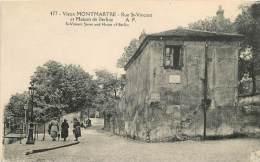 PARIS VIEUX  MONTMARTRE LA RUE SAINT VINCENT ET MAISON BERLIOZ - Distretto: 18