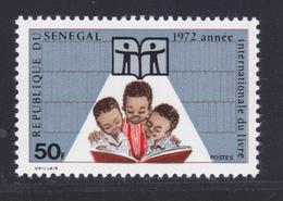 SENEGAL N°  372 ** MNH Neuf Sans Charnière, TB (D7356) Année Internationale Du Livre - Senegal (1960-...)
