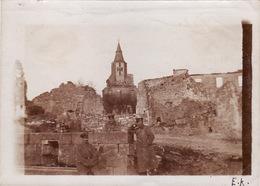 Photo Originale 14-18 MONTFAUCON D'ARGONNE - Soldats Allemand, L'église (A38,ww1, Wk1) - Francia