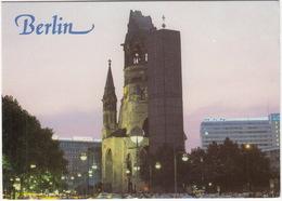 Berlin - Kaiser Wilhelm Gedächtniskirche- 'M.A.N. LASTWAGEN - OMNIBUSSE'  Neon - Mitte
