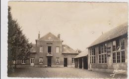CARTE POSTALE   DOUVILLE 27  La Mairie Et L'école - France