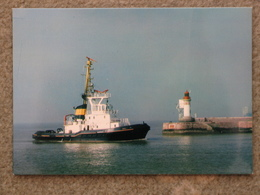 TUG IN ST NAZAIRE - Tugboats
