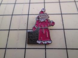 Pin613c Pin's Pins / Beau Et Rare / THEME : NOEL / PERE NOEL COOP 92 - Christmas