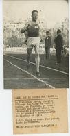 PHOTOS ORIGINALES - SPORTS - ATHLÉTISME - 1938 -  Le Finlandais MAEKI , Champion D'Europe Des 5000m -Cliché FRANCE PRESS - Sports