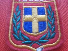 TOULON - VAR - 83 - - Écusson Blason Tissu/Feutrine Brodé - Écussons - Blasons Crest Coat Of Arms - Patches