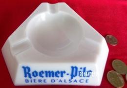 CENDRIER ROEMER - PILS BIÈRE D'ALSACE COMME NEUF VERRE OPALE X ! - SITE Serbon63 - Glass