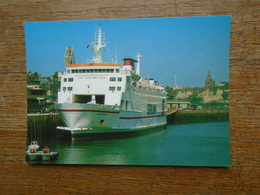 """Dieppe , """" Bateau """" , Car-ferry """" Champs élysées """" Sealink , Dans Le Port - Dieppe"""