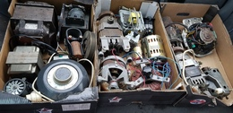 Lot De Transformateur Transfo Et Moteur électrique Divers ( Fonctionnement Non Controlé ) 12V 220V 110V ..... - Other Apparatus