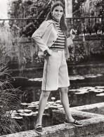 USA Mode Feminine Annees 60 Cricket Corner Bermudas Nylon Du Pont  Ancienne Photo - Photographs