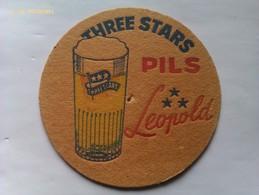 Posavasos Cerveza Three Stars Pils Leopold. Bélgica. Años '70 - Portavasos