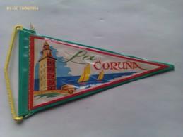 Banderín De La Coruña. Galicia. España. Años '60-'70 - Escudos En Tela
