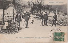 88 - SAALES - POTEAU FRONTIERE - DOUANIERS - Douane