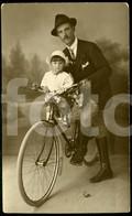1924 ORIGINAL REAL PHOTO POSTCARD VINTAGE VELO BICYCLE BICICLETA FOTO CABECINHA SETUBAL PORTUGAL - Motorbikes