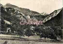 CPM Le Petit Bornand (Hte Savoie) Alt 750 M Le Pic Du Jalouvre (2408 M) - Frankrijk