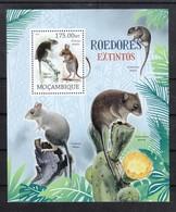 Mocambique 2012**,  Ausgestorbene Tiere, Kaktus Opuntia Sp. / Mocambique 2012, MNH, Extinct Animals, Cactus Opuntia Sp. - Sukkulenten