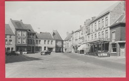 Beaumont - La Place ... Le Mouton Blanc , Oldtimer - Ed. Bints ( Voir Verso ) - Beaumont