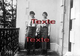 PHOTO(RETIRAGE)  Mai 1918 EVIAN  74 HAUTE SAVOIE  2 NOUVELLES DOCTORESSES A L'HOPITAL DE LA CROIX ROUGE AMERICAINE - Reproductions