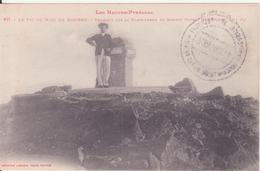 CPA - 411. Le Pic Du Midi De Bigorre - Touriste Sur La Plate Forme Du Sommet - Bagneres De Bigorre