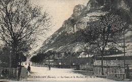73 MONTMELIAN  La Gare Et Le Rocher Dit De La Savoyarde - Montmelian