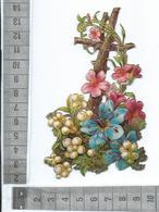 CHROMO DECOUPIS  TRÈS GAUFRÉ / UNE CROIX DE BOIS ENTOURÉE DE  FEUILLAGE ET FLEURS - Flowers
