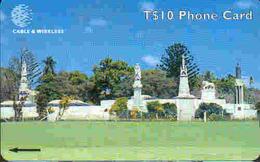 TK 34057 TONGA -  323CTGC... Royal Tombs - Tonga
