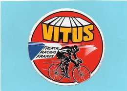 AUTOCOLLANTS  STICKER Vélo VITUS FRENCH RACING FRAMES  Diamétre 10cm - Autocollants