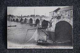 NANTES - Les Bâteaux De Pêche à L'Alose Au Pont Pirmil - Nantes