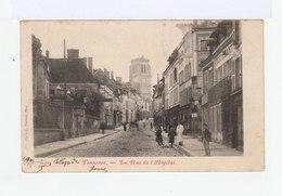 Tonnerre. La Rue De L'hôpital.  Commerces, Restaurant...(2916) - Tonnerre