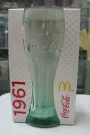 AC - COCA COLA McDONALD'S 1961 GREENISH CLEAR GLASS IN ITS ORIGINAL BOX - Mugs & Glasses