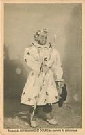 - Pays Div.-ref-L855- Portugal -costumes Portugais - Exposition De Paris 1937- Entre Minho Et Douro - Pelerin - - Portugal