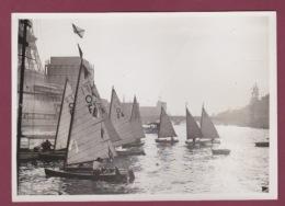 310518 - PHOTO DE PRESSE 1937 Vole Voilier - Manifestation Nautique Pont Des Invalides Et Pont Iéna Yachting Motor Club - Voile