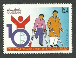 PAKISTAN 1997 MEDICAL YEAR OF DISABLED SET MNH - Pakistan