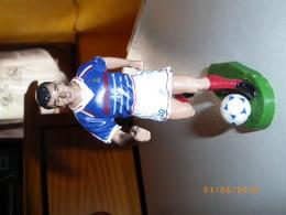 "FIGURINE DE "" ZINEDINE ZIDANE "" N° 10 .   STARLUX EN PLOMBS .. VOIR DESCRIPTION - Football"