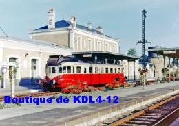 AL 528 - Autorail Renault VH En Gare - FONTENAY LE COMTE - Vendée 85 - SNCF - Fontenay Le Comte
