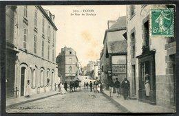 CPA - VANNES - Rue Du Roulage, Animé - Vannes