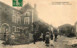 CPA - GODONCOURT (88) - Aspect De La Rue Du Couvent Pendant La Fête Des Conscrits Garçons Et Filles En 1913 - Francia