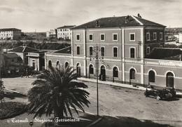 FERROVIE STAZIONI FERROVIARIE TERMOLI BEL PRIMO PIANO ANIMATA VIAGG. ANNO 1953 - Stazioni Senza Treni