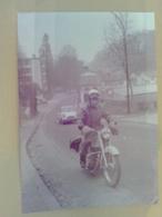 PTT   FEVRIER 1964   PREPOSE  A LA DISTRIBUTION  DES PNEUMATIQUES  (  MOTO  ) - Motos