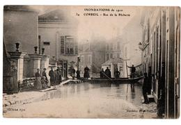 INNONDATIONS 1910 CORBEIL RUE RUE DE LA PECHERIE BARQUES TRES ANIMEE - Corbeil Essonnes